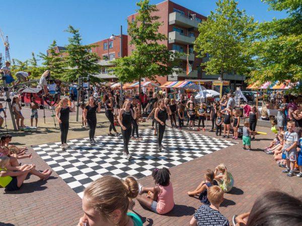 Braderij op Plein Oost Beijum met de finale The Voice of Groningen 2018