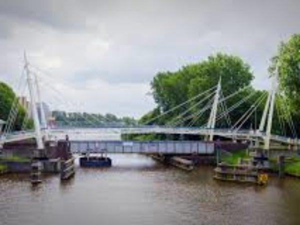 Gerrit Krolbrug is weer toegangkelijk voor alle verkeer