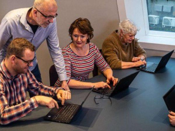 Gratis cursus omgaan met digitale overheid in bibliotheek Beijum